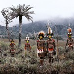 TRIBES PAPUA NEW GUINEA -  photo by Jimmy Nelson