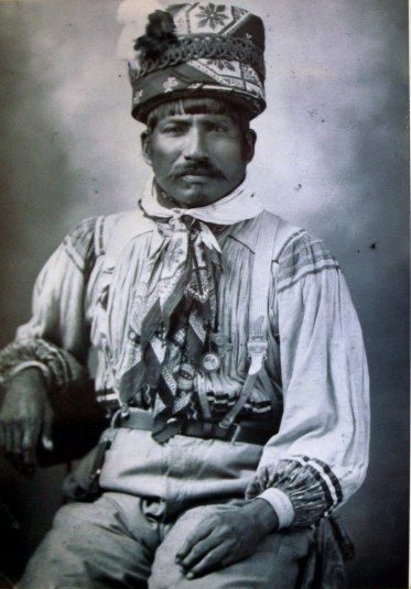 Billy Bowlegs III (Little Black Snake clan) was of no relation to the war leader1911