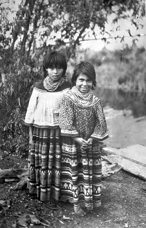 Seminole girls near Miami