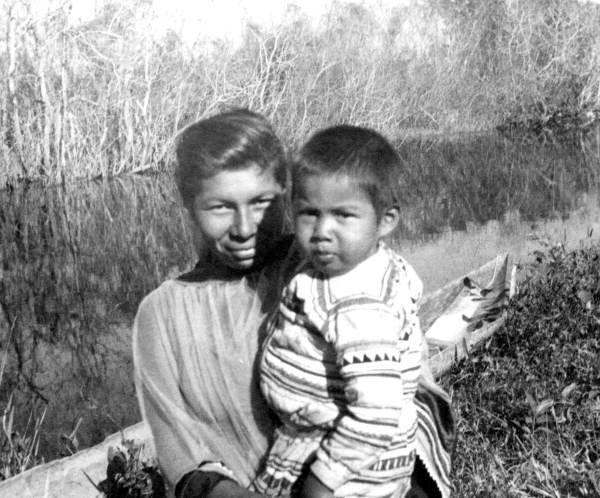Seminole mother and child at the Big Cypress Seminole Res