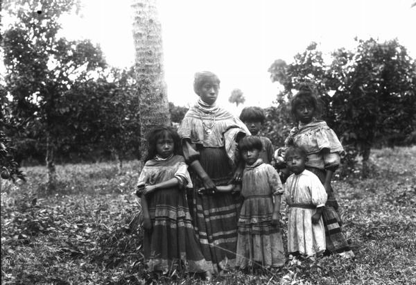 Seminole woman and five children
